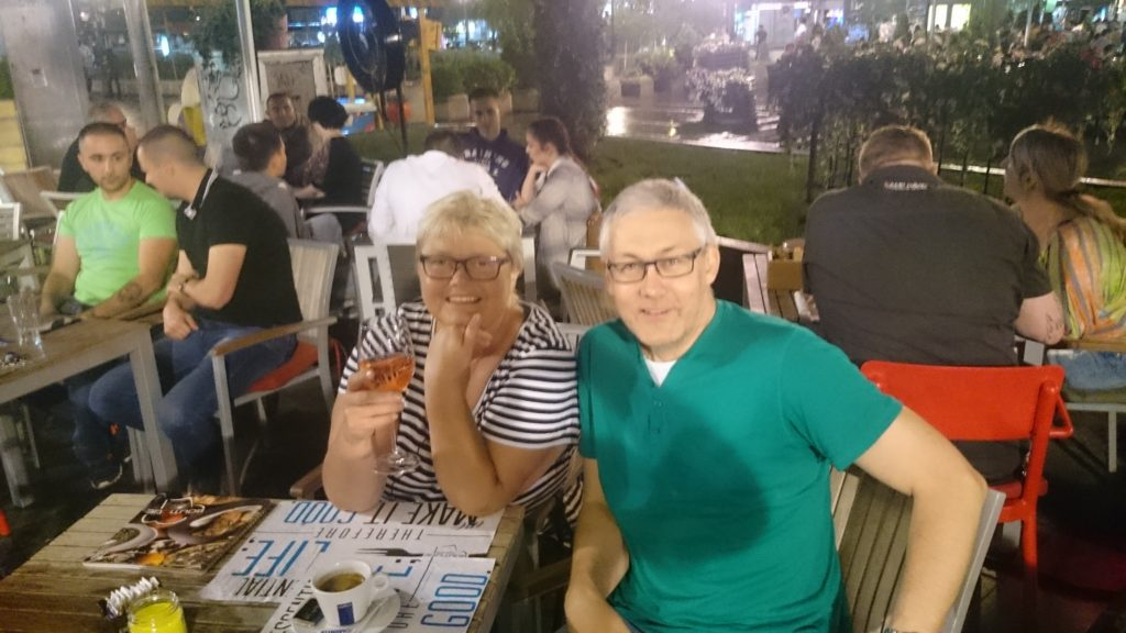 Första middagen i Belgrad.